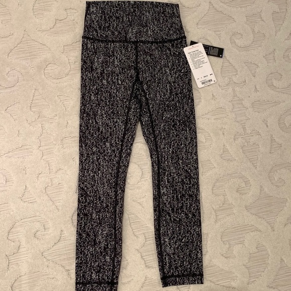New with tags lululemon high times